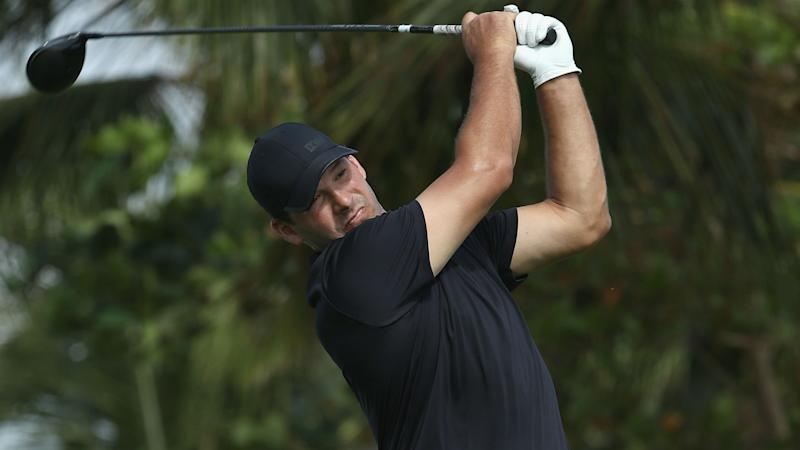 Romo stumbles to 5-over 77 in PGA Tour debut