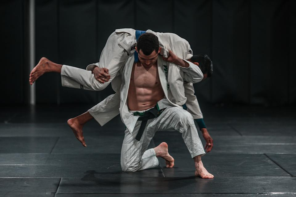 Besides BJJ, Vinicius has also done other sports such as wrestling, boxing and Luta Livre.