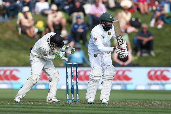 DUNEDIN, NEW ZEALAND - MARCH 08: Hashim Amla of South Africa bats during day one of the First Test match between New Zealand and South Africa at University Oval on March 8, 2017 in Dunedin, New Zealand. (Photo by Dianne Manson/Getty Images)