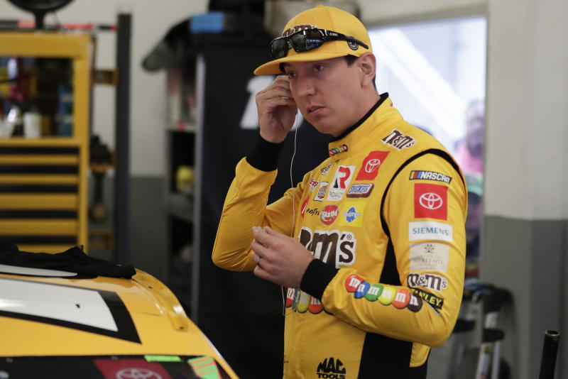 Kyle Busch races to 7th straight NASCAR Truck Series victory