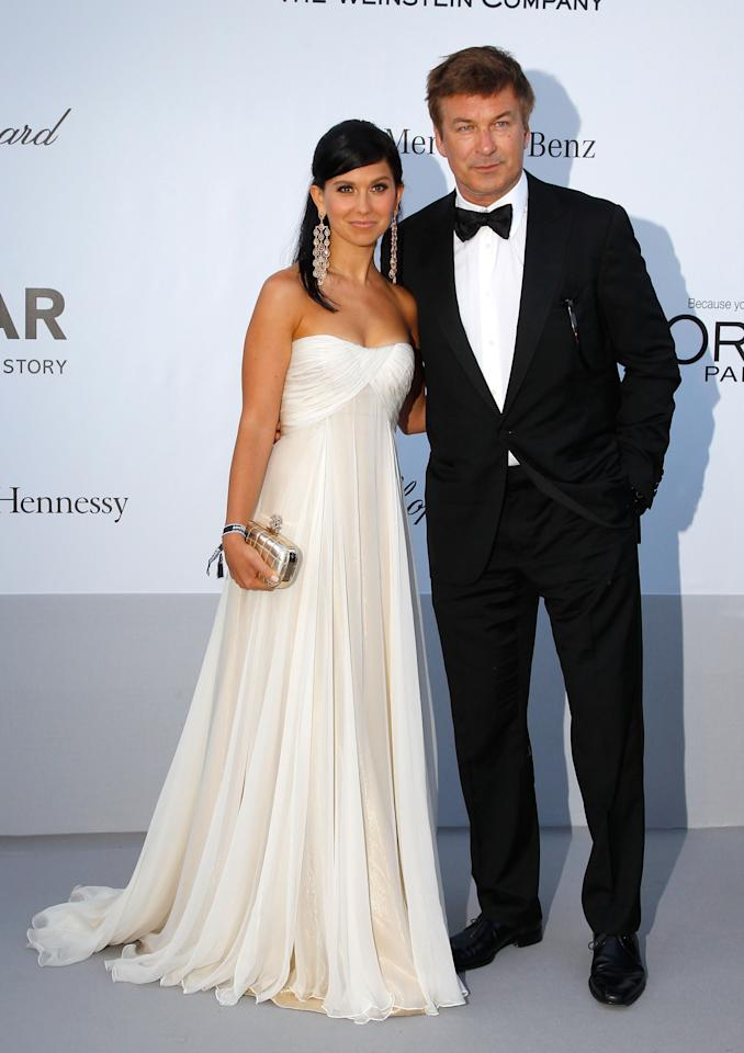 CAP D'ANTIBES, FRANCE - MAY 24:  (L-R) Hilaria Thomas and actor Alec Baldwin arrive at the 2012 amfAR's Cinema Against AIDS during the 65th Annual Cannes Film Festival at Hotel Du Cap on May 24, 2012 in Cap D'Antibes, France.  (Photo by Andreas Rentz/Getty Images)
