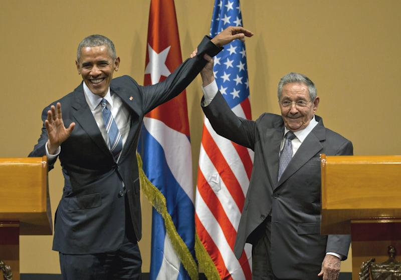 Cuban President Raúl Castro and President Obama at the conclusion of their joint news conference at the Palace of the Revolution in Havana, March 2016. (Photo: Ramon Espinosa/AP)
