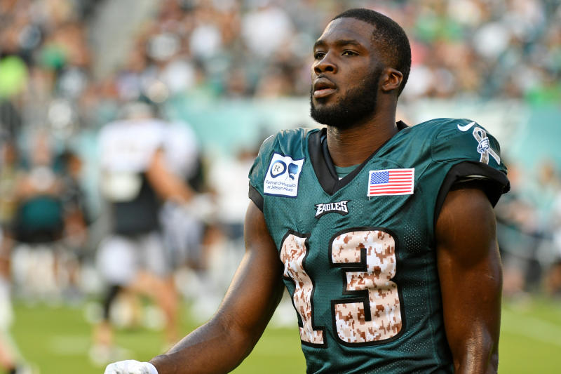 Nelson Agholor took criticism in stride with a kind gesture to the local hero who called him out. (Getty)