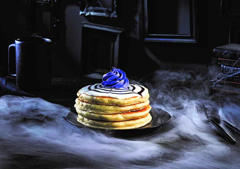 All the Chain Restaurants Where You Can Get Deals on Spooky Foods for Halloween
