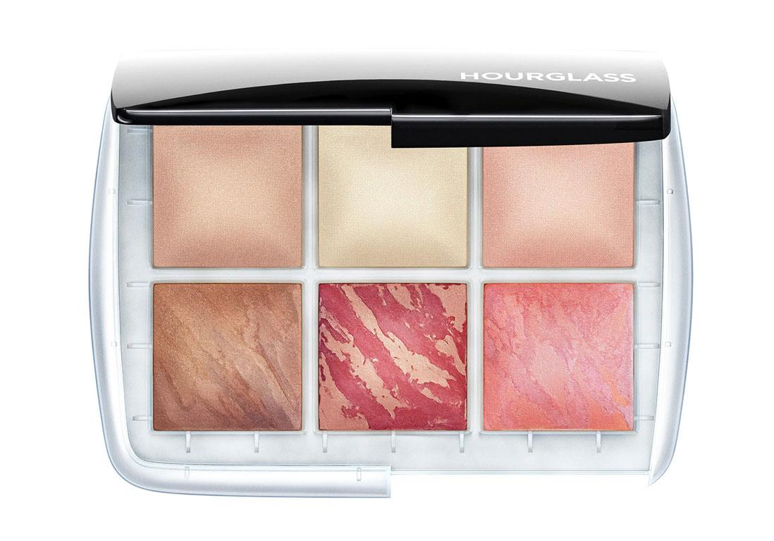 "80€<br/><br/><a target=""_blank"" href=""https://www.sephora.fr/p/lumiere-ambient-ghost---palette-visage-P3851146.html"">Acheter</a>"
