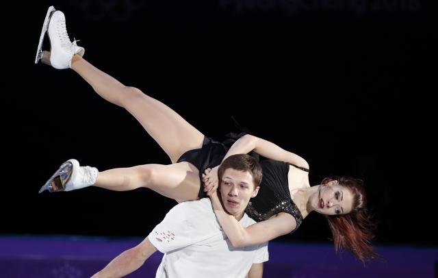 Figure Skating - Pyeongchang 2018 Winter Olympics - Gala Exhibition - Gangneung Ice Arena - Gangneung, South Korea - February 25, 2018 - Ekaterina Bobrova and Dmitri Soloviev, Olympic athletes from Russia, perform. REUTERS/John Sibley