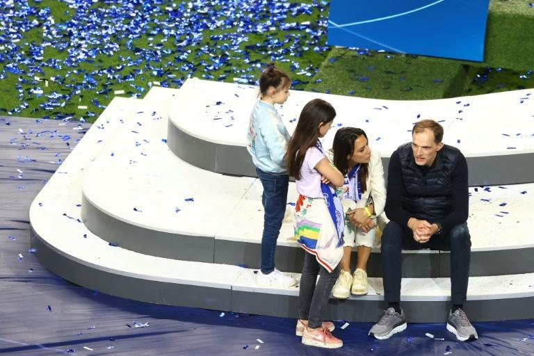 Tuchel takes in Chelsea's victory celebrations at the Estadio do Dragao with his family