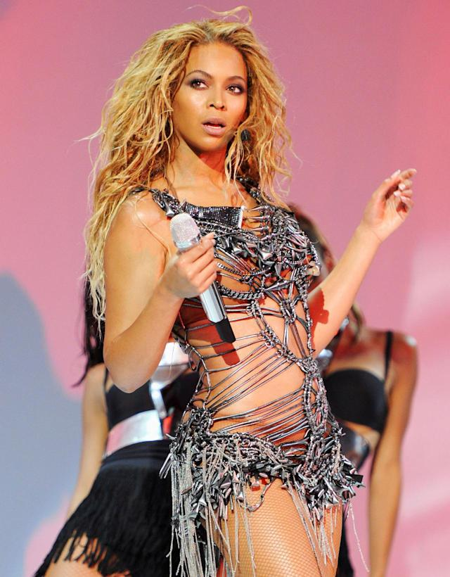 <p>Earlier that year, Bey had actually previously performed while pregnant at the 2011 Billboard Music Awards. In May of that year, in the beginning stages of her pregnancy, she shook it onstage. Nobody could tell — just check out that bod! Blue Ivy was born on Jan. 7, 2016. (Photo: Getty Images) </p>