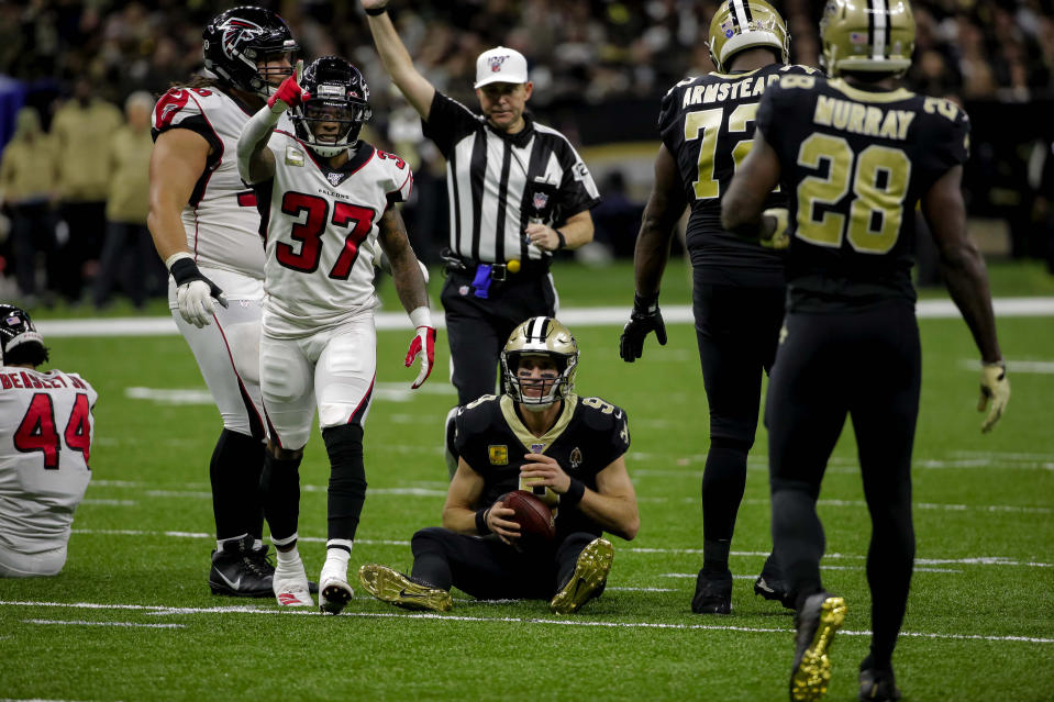 It wasn't a great day at the office for Drew Brees and the Saints. (Photo by Derick E. Hingle-USA TODAY Sports)