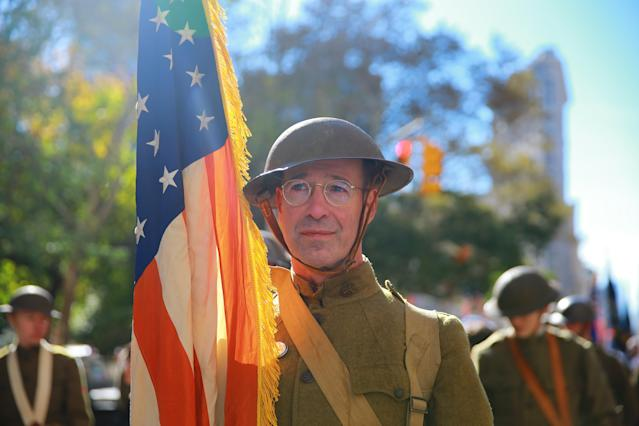<p>People dressed as soldiers from World War I gather before the parade on Fifth Avenue in New York on Nov. 11, 2017. (Photo: Gordon Donovan/Yahoo News) </p>