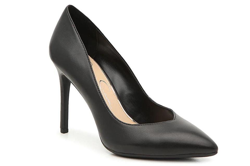 black pumps, jessica simpson pumps, pumps for halloween