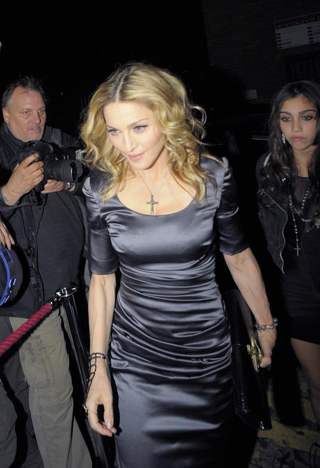 "According to Hollyscoop, Madonna has ""been offered $1 billion"" to perform several nights a week in Las Vegas for five years. The deal would be similar to those given to Celine Dion and Elton John, only it would be for $1 billion dollars! To hear from an insider just how close Madonna is to accepting the historic offer, check out <a href=""http://www.gossipcop.com/madonna-one-1-billion-dollar-dollars-las-vegas-residency-five-5-years/"" target=""new"">Gossip Cop.</a> <a href=""http://www.infdaily.com"" target=""new"">INFDaily.com</a> - August 14, 2010"
