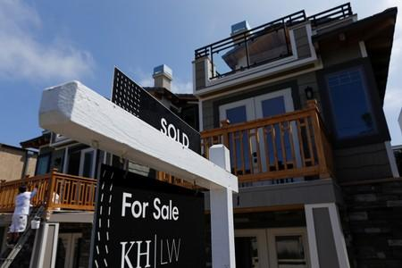 Home Sales Drop in the US