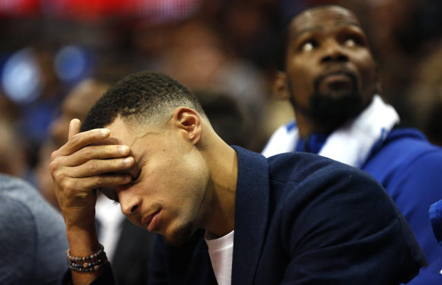 """<a class=""""link rapid-noclick-resp"""" href=""""/nba/players/4612/"""" data-ylk=""""slk:Stephen Curry"""">Stephen Curry</a> was involved in a car accident, but appears to be OK. (AP Photo/Ron Jenkins)"""
