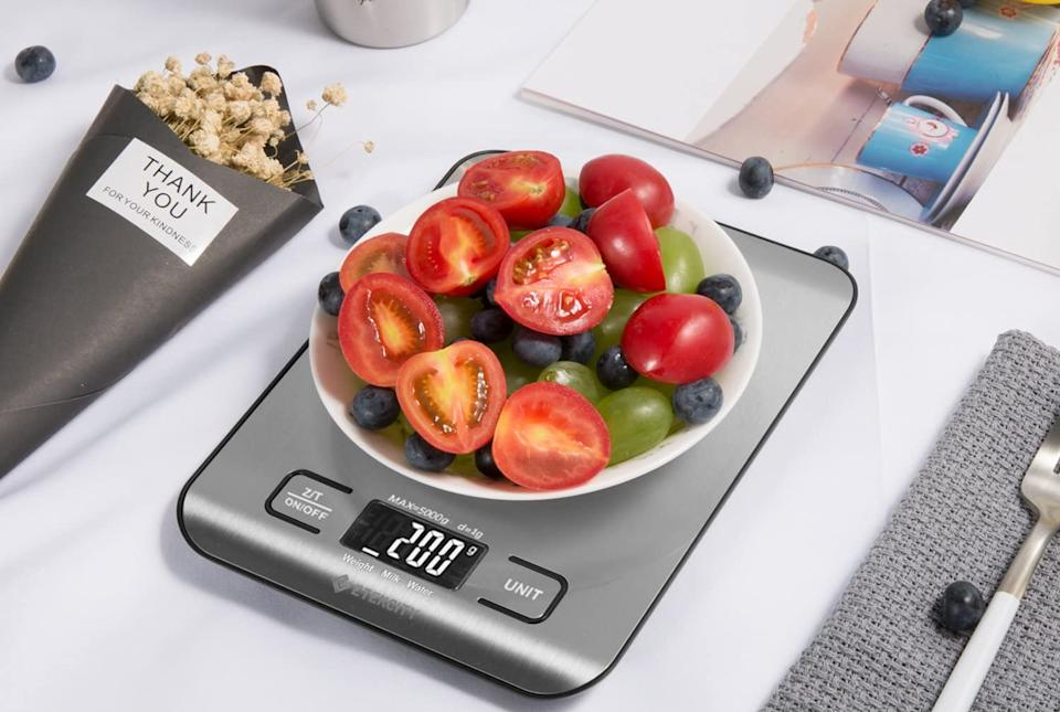 Weigh to go: The Etekcity is one of Amazon's bestselling kitchen scales. (Photo: Amazon)