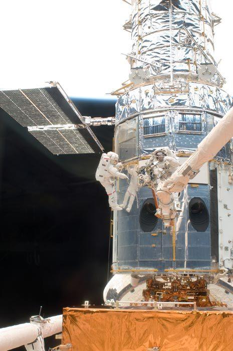 Hubble Space Telescope Could Last Until 2018, NASA Says