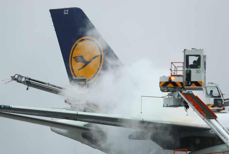 Lufthansa Group extends China flight cancellations to March 28 over virus outbreak
