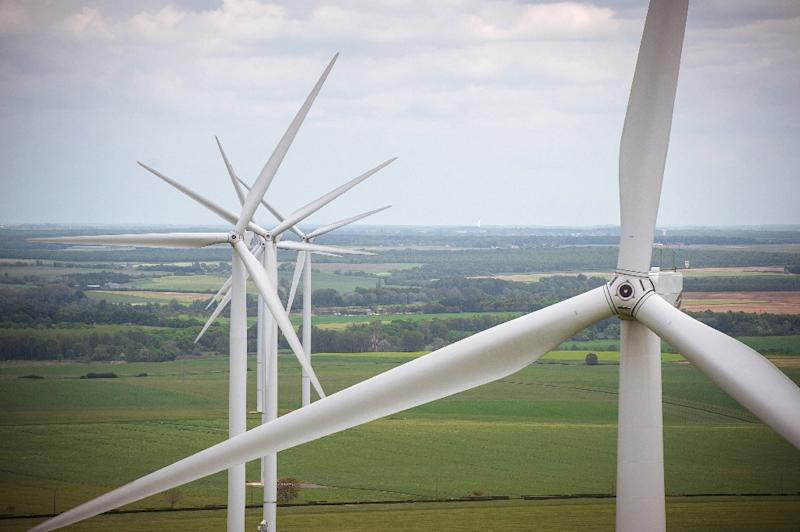 Gamesa, Siemens join forces to create global wind power leader