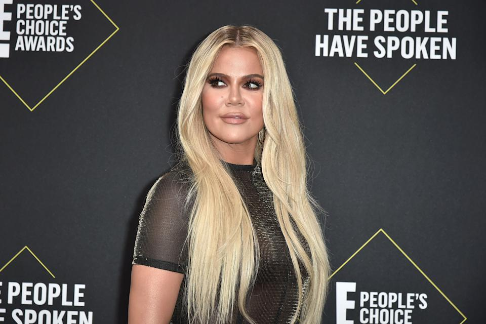 SANTA MONICA, CALIFORNIA - NOVEMBER 10: Khloe Kardashian attends 2019 E! People's Choice Awards - Arrivals at The Barker Hanger on November 10, 2019 in Santa Monica, California.  (Photo by David Crotty/Patrick McMullan via Getty Images)