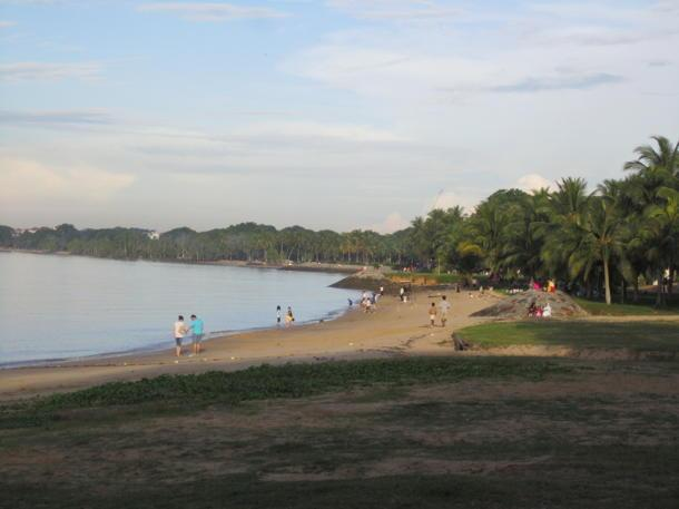 A young girl died after a wave swept her out to sea at Changi Beach. (Yahoo! file photo)
