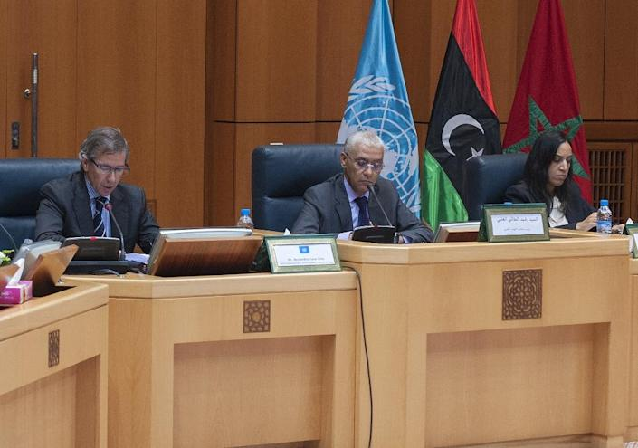 UN special envoy to Libya Bernardino Leon (L), Moroccan Minister for Economic Affairs Rachid Talbi Alami (C) and Minister of Foreigns Affairs Mbarka Bouaida participate in UN-brokered talks in Skhirat on June 9, 2015 (AFP Photo/)