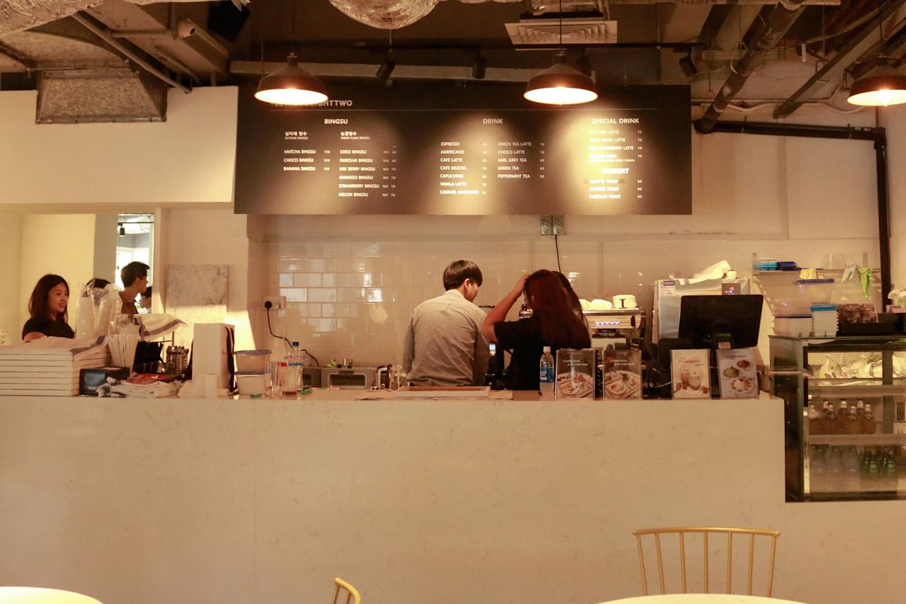 <p>PLUSEIGHTTWO Korean dessert cafe (Photo: Yahoo Lifestyle Singapore)</p>