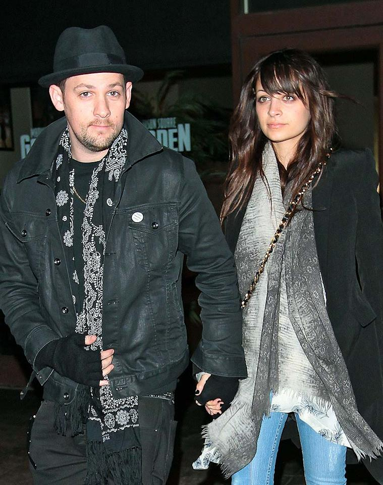 "Joel Madden and Nicole Richie announced their engagement on Monday. The cute couple, who have two children, Harlow and Sparrow, were spotted at the New York Knicks game on Wednesday, with Nicole sporting a beautiful 4-carat Neil Lane engagement ring. Jackson Lee/<a href=""http://www.splashnewsonline.com"" target=""new"">Splash News</a> - February 17, 2010"