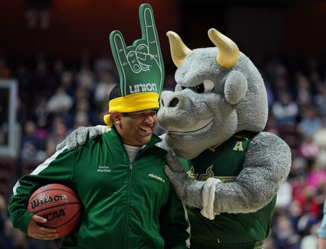 USF Basketball to play in Hall of Fame Tip-Off Tournament