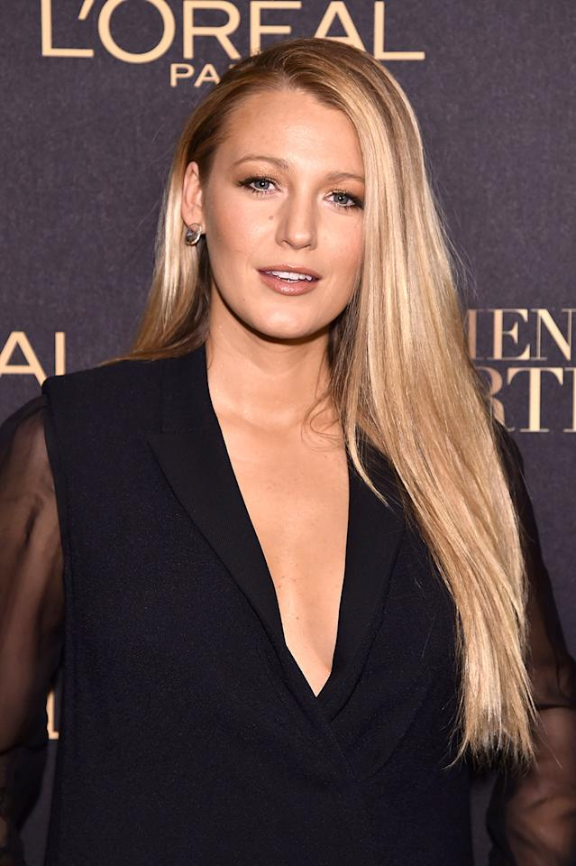 """<p>Blake Lively attended the L'Oreal Paris Women of Worth Celebration in New York City wearing super long locks and matte, sun-kissed makeup. To add length to your locks instantly, try <a rel=""""nofollow"""" href=""""https://www.luxyhair.com/"""">Luxy Hair extensions</a>. (Photo by Michael Loccisano/Getty Images for L'Oreal) </p>"""