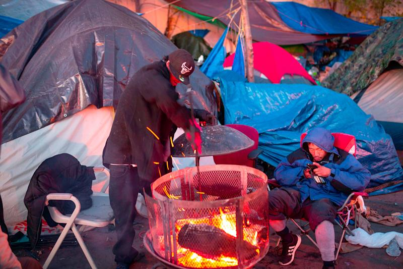 A photo from October 2018 shows a large encampment of nearly 200 homeless people in Minneapolis, Minnesota. (Photo: KEREM YUCEL via Getty Images)