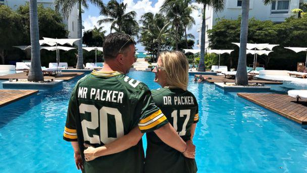 Green Bay fanatic marries woman named Marie Packer in team-themed ...