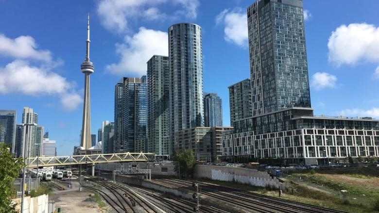 Planning work for $1.7B Rail Deck Park gets green light from council