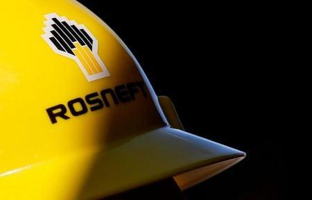 Russia's Rosneft second-quarter oil output at 4 million bpd, down 13% q/q