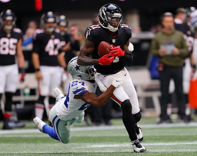 Julio Jones had his fifth straight 100-yard receiving game against the Cowboys. (Getty Images)