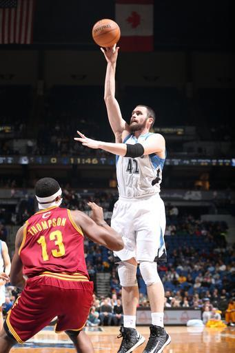 MINNEAPOLIS, MN - DECEMBER 7: Kevin Love #42 of the Minnesota Timberwolves goes up for a shot against the Cleveland Cavaliers during the game on December 7, 2012 at Target Center in Minneapolis, Minnesota. (Photo by David Sherman/NBAE via Getty Images)