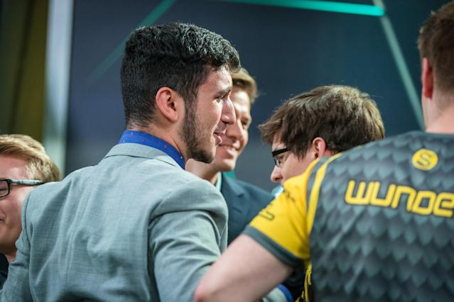 YamatoCannon congratulates his team after winning the EU LCS Regional Qualifiers (Riot Games/Lolesports)