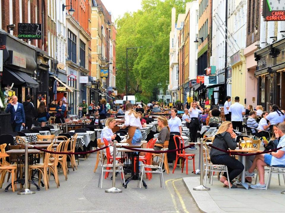 Outdoor dining in Soho (Getty Images)