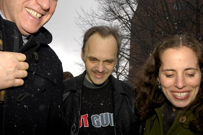 FILE-A Monday, March 5, 2007 file photo shows Roy Brown, center, walking out of court a free man with his lawyers Nina Morrison, right, and Peter Neufeld in Auburn, N.Y. Brown was convicted in 1991 of an upstate New York woman's murder. In January 2007, further DNA testing and the bite mark evidence later proved to be associated with another man who had killed himself, and Brown was released from prison. Since 2000, at least 18 men convicted in rapes and murders largely because of bite-mark analysis have been exonerated by DNA testing or otherwise proved not guilty. (AP Photo/Kevin Rivoli, File)