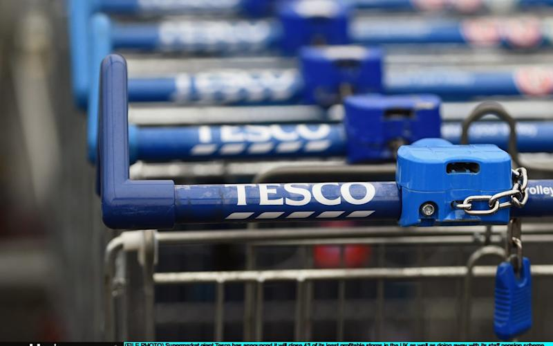 Tesco to leave trolleys unlocked in readiness for new £1 coin - Getty Images
