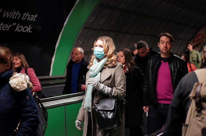 The mayor of London has urged all passengers to wear protective face masks while travelling on public transport. (Reuters/Henry Nicholls)