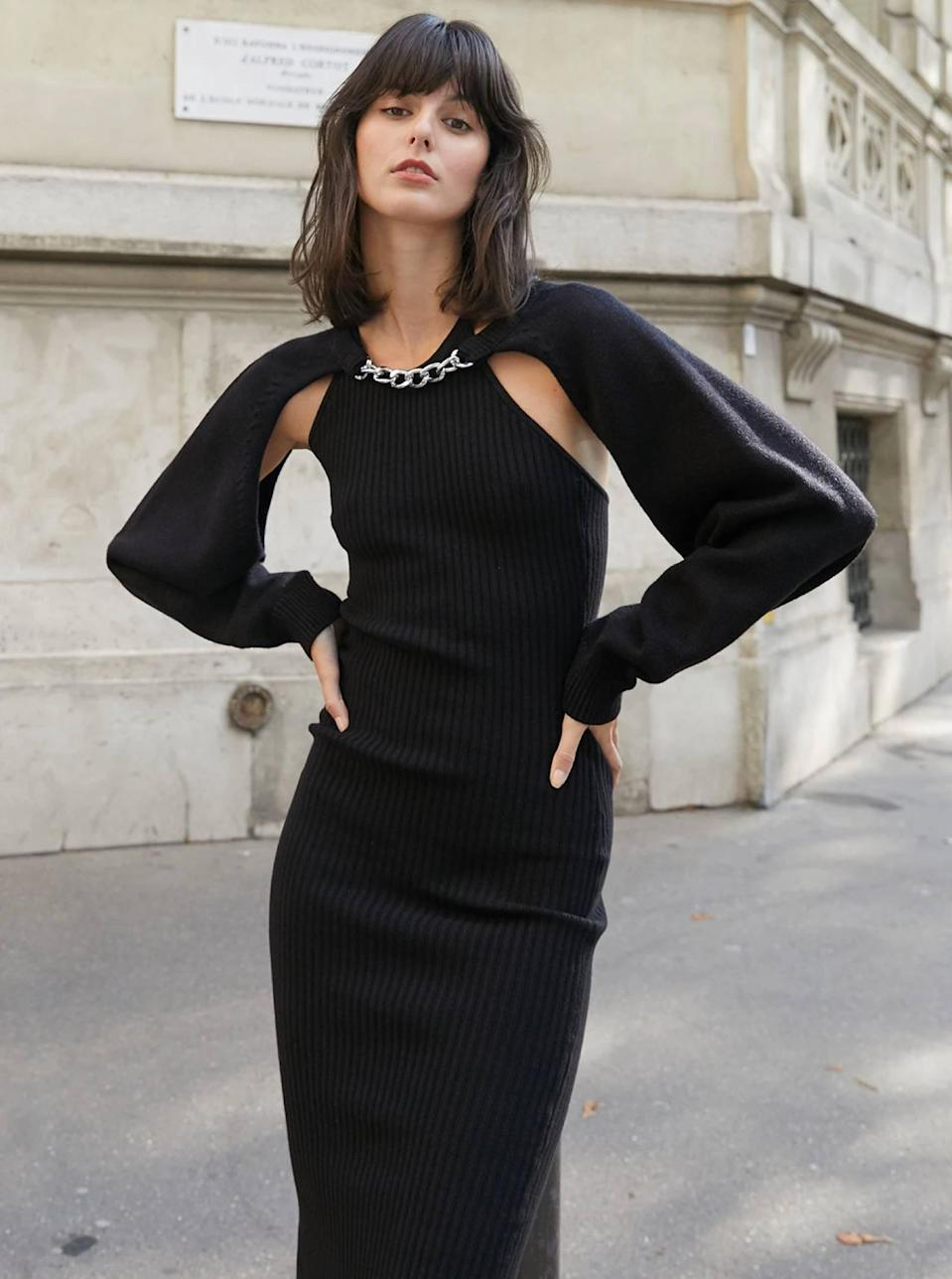 """No need for accessories when you have this chain-link shrug that's basically jewelry in sweater form. $105, Pixie Market. <a href=""""https://www.pixiemarket.com/products/black-chain-link-knit-bolero?"""" rel=""""nofollow noopener"""" target=""""_blank"""" data-ylk=""""slk:Get it now!"""" class=""""link rapid-noclick-resp"""">Get it now!</a>"""