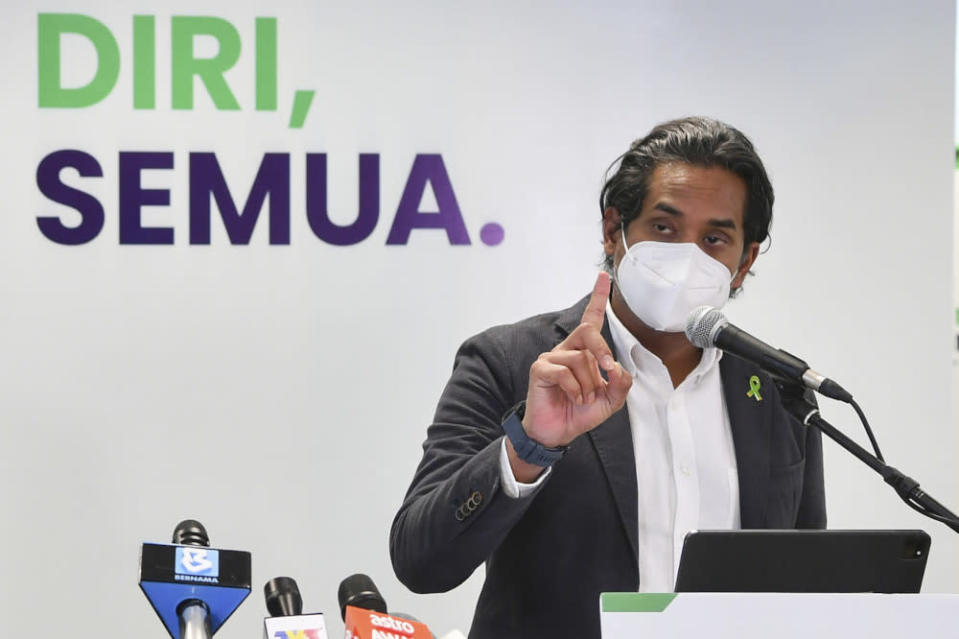 Science, Technology and Innovation Minister Khairy Jamaluddin clarified that the walk-in programme for those aged 60 and above will not happen immediately. — Bernama pic