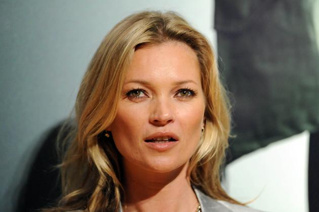 kate moss nackt f r die playboy jubil umsausgabe. Black Bedroom Furniture Sets. Home Design Ideas