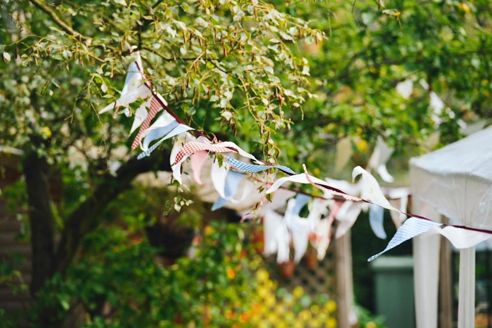 Since when did baby showers stop being low-key? [Photo: Pexels]