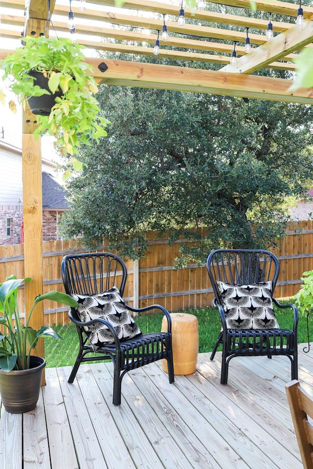 """<p>Why yes, you <em>can </em>add a pergola to a floating deck! It's just the thing if you need a little shade or want to hang some twinkling lights. </p><p><strong>Get the tutorial at <a href=""""https://jenwoodhouse.com/how-to-build-a-floating-deck/"""" target=""""_blank"""">Jen Woodhouse</a>.</strong></p><p><a class=""""body-btn-link"""" href=""""https://www.amazon.com/Simpson-Strong-LUS28Z-Galvanized-Double/dp/B012GWW9J4?tag=syn-yahoo-20&ascsubtag=%5Bartid%7C10050.g.30878403%5Bsrc%7Cyahoo-us"""">SHOP JOIST HANGERS</a></p>"""