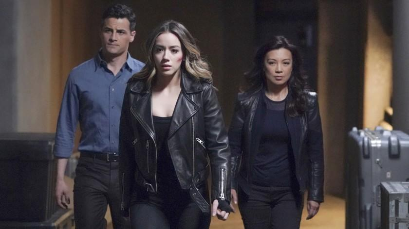 """Marvel's Agents of S.H.I.E.L.D. -- ABC TV Series, MARVEL'S AGENTS OF S.H.I.E.L.D. - """"Brand New Day"""" - With the help of Kora on the inside, Sibyl and Nathanial continue their fight to shape a dark new future for S.H.I.E.L.D., managing to stay one step ahead of the agents along the way. If the team is going to turn this one around, they'll have to get creative, and maybe even a little out of this world, on the penultimate episode of """"Marvel's Agents of S.H.I.E.L.D.,"""" airing WEDNESDAY, AUG. 5 (10:00 - 11:00 p.m. EDT), on ABC. - (ABC/Mitch Haaseth) ENVER GJOKAJ, CHLOE BENNET, MING-NA WEN Enver Gjokaj, left, Chloe Bennet and Ming-Na Wen in """"Marvel's Agents of S.H.I.E.L.D. """" on ABC."""