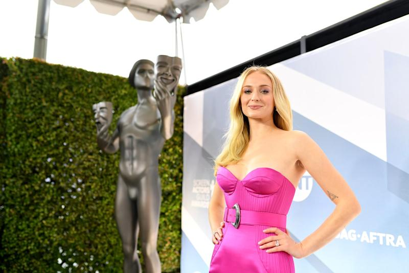 LOS ANGELES, CALIFORNIA - JANUARY 19: Sophie Turner attends the 26th Annual Screen Actors Guild Awards at The Shrine Auditorium on January 19, 2020 in Los Angeles, California. 721384 (Photo by Mike Coppola/Getty Images for Turner)