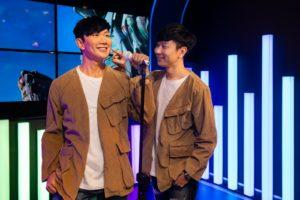 JJ Lin with JJ Lin. Image: Madame Tussauds Singapore/Facebook