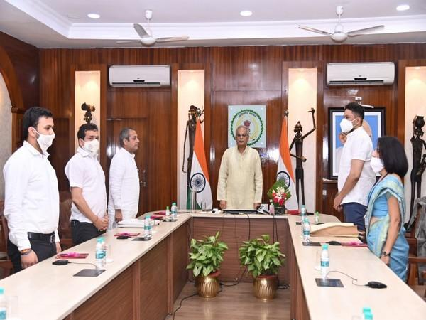 Visual of the meeting chaired by Chhattisgarh Chief Minister Bhupesh Baghel (Photo/Twittter)