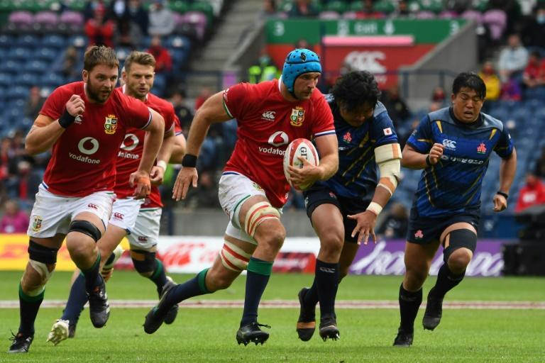 British and Irish Lions flanker Tadhg Beirne (C) runs to score a try during a victory over Japan in Edinburgh on Saturday